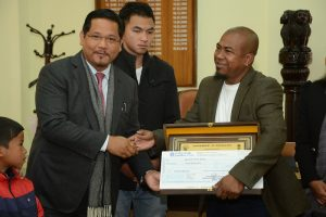 Meghalaya CM awards entrepreneur who runs weaving and textile production unit
