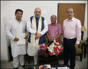 Chief Minister meets Central ministers in New Delhi over flood, financial assistance
