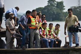 Home Minister, Disaster Management Minister inspect flood affected areas by boat