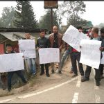 CoMSO activists greet Union Minister at ICAR Umïam with ILP demand